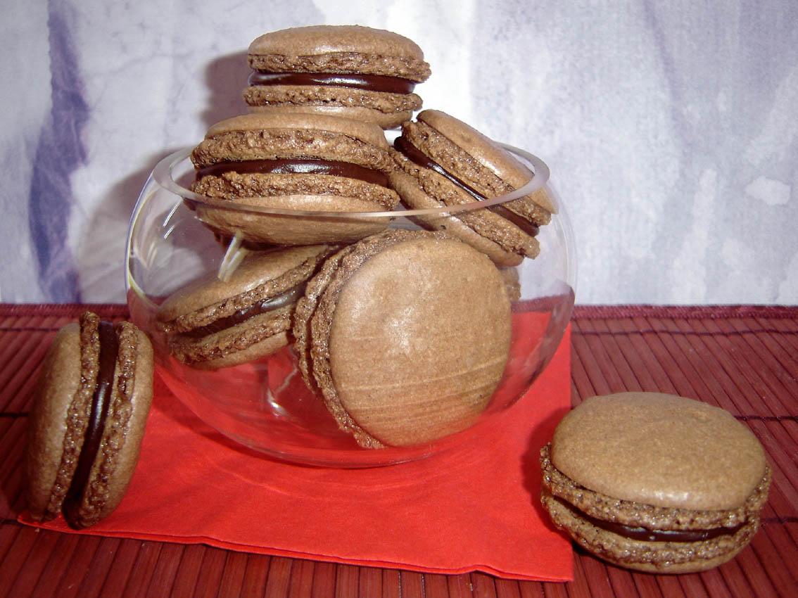 macaronchoco.jpg
