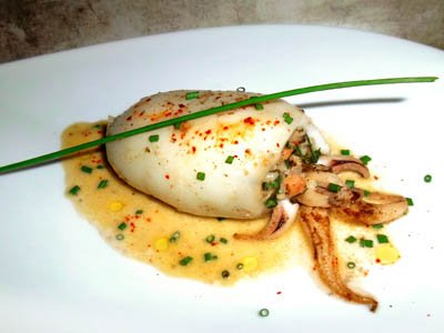 Calamar farci aux crevettes et chou vert dans 2 - ENTREES calamarfarcicrevetteschouvert