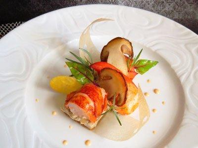 Homard sur un sablé à la châtaigne et purée de cèpes dans 3 - PLATS homardsablechataignecepes
